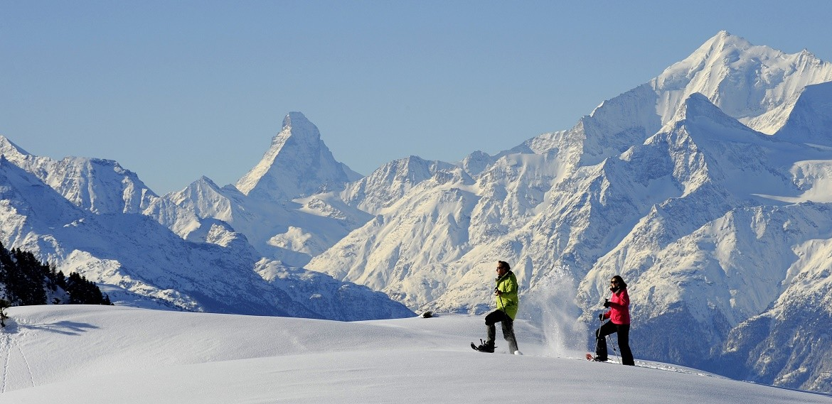 Snowshoeing in Valais