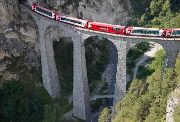 Glacier Express on world-famous Landwasser viaduct