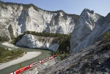 Glacier express in the Rhine Gorge