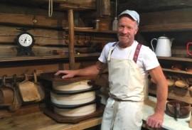 Cheesemaker Dres
