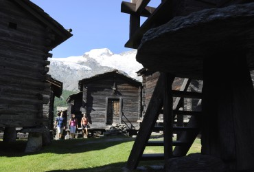 On the guided tour of Saas Fee, Valais, visitors learn a lot about village life in the past and present.