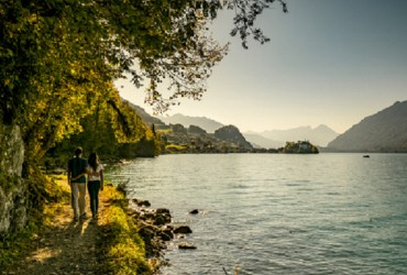 Iseltwald lakeshore path on Lake Brienz