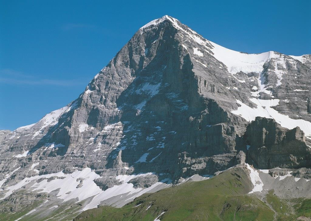 Alps hikes jungfrau eiger trail starting at the grindelwald glacier eiger reheart Images