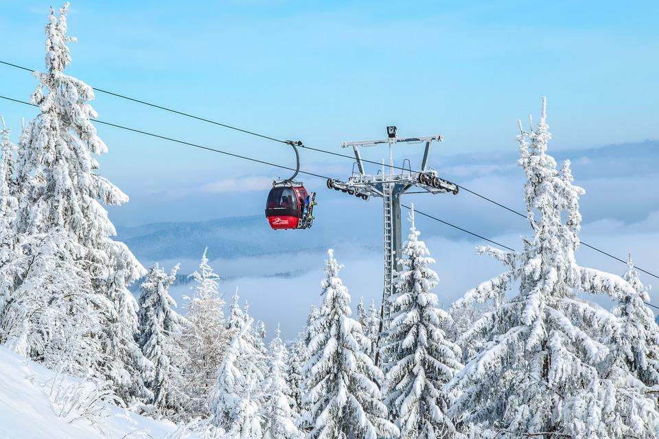 pics HOT SPOT: St Moritz, Switzerland