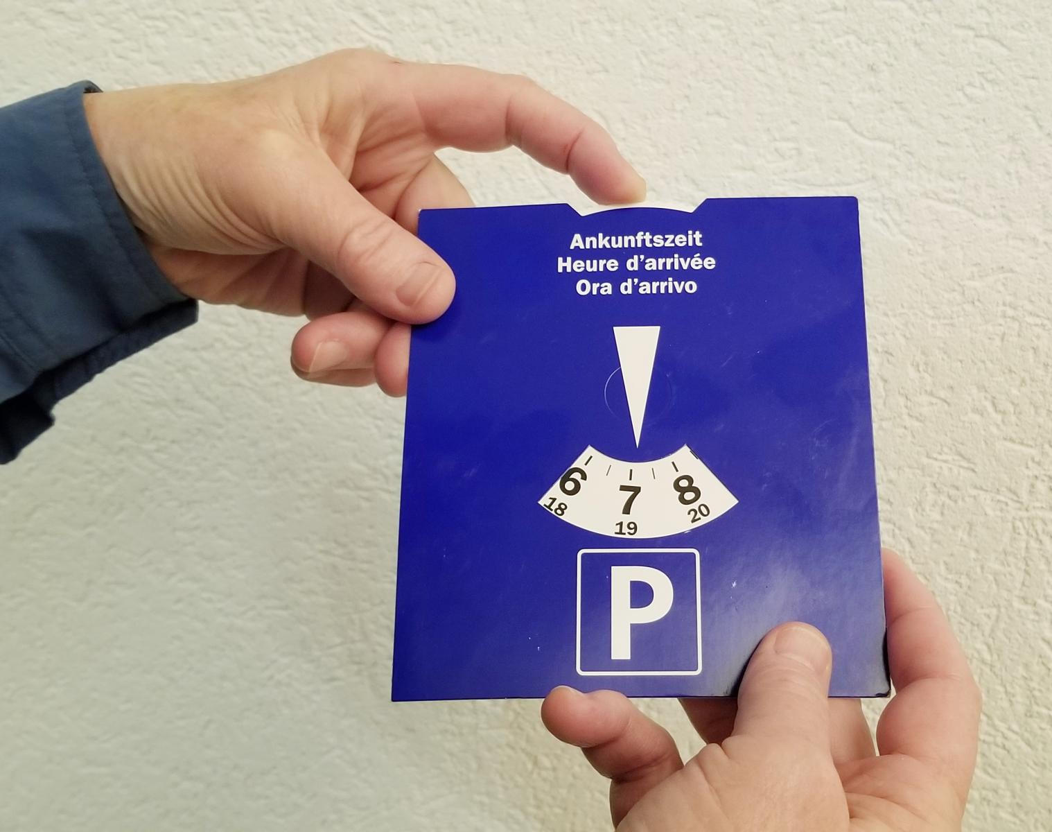 Swiss parking time indicator